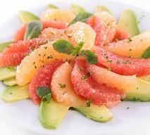 Sałatka owocowa z grejpfrutem - sałatka na wzmocnienie