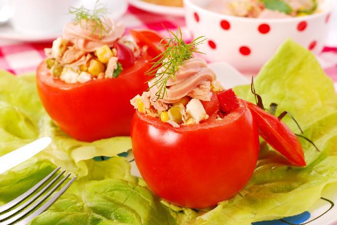 Pomidory nadziewane tuńczykiem - przepis