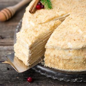 Ciasto MARCINEK - wyjątkowy deser z kremem śmietankowym z Podlasia