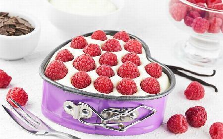 Ciasto malinowo-migdałowe: przepis