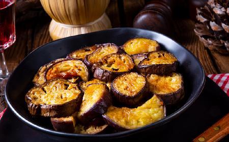 Bakłażany z oliwą czosnkową - przekąska z bakłażanów w 15 minut