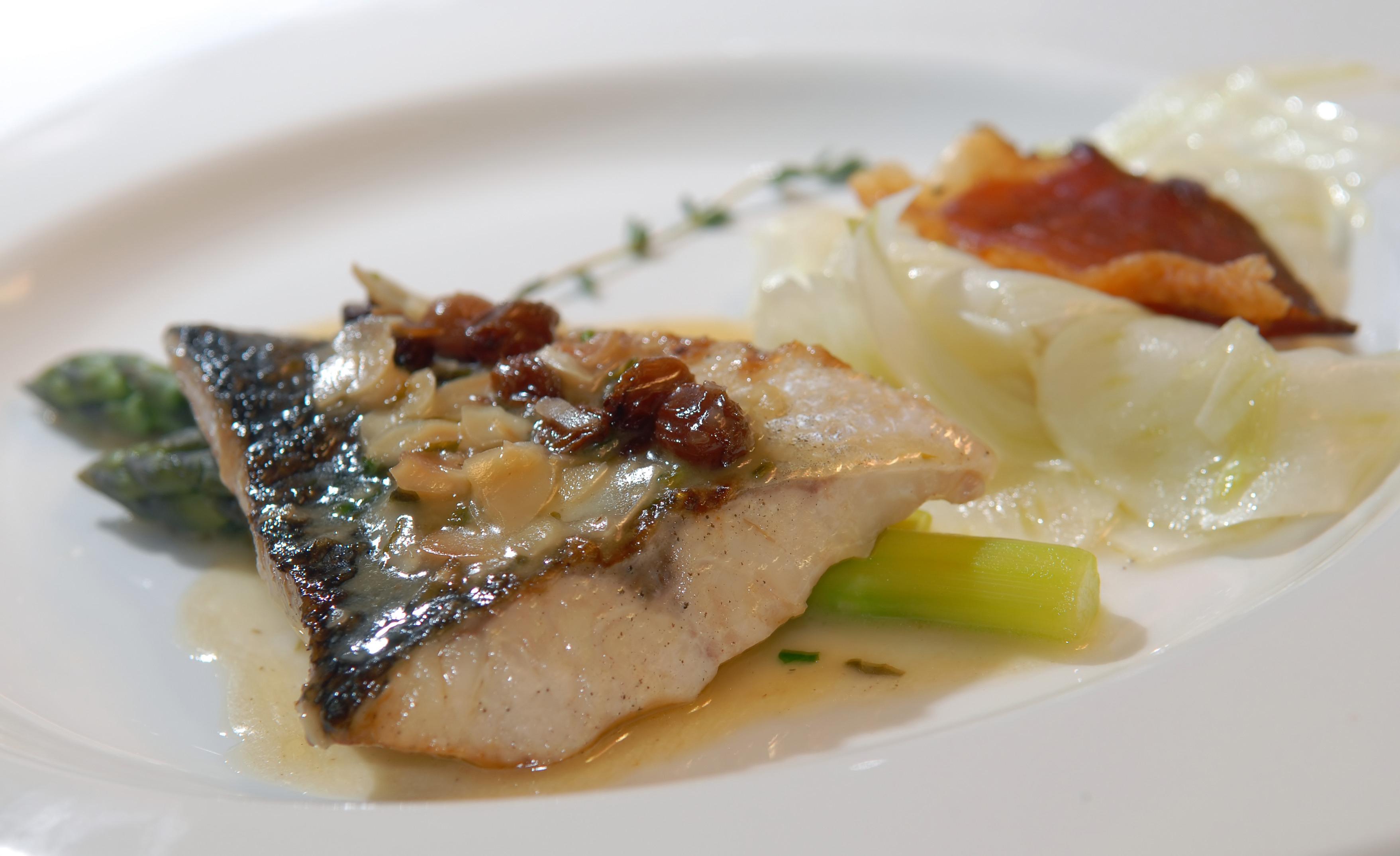 Ryba po toruńsku w szarym sosie